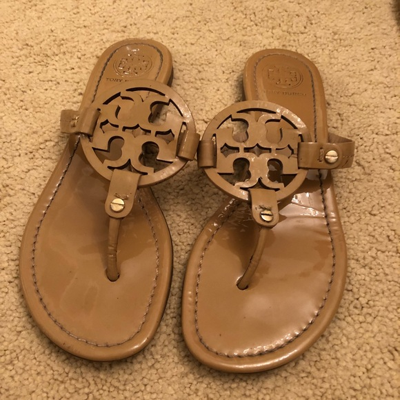 b83560448377c Womens Tory Burch Miller Leather Thong sandals. M 5afcdc0c00450ff098cf9e2d